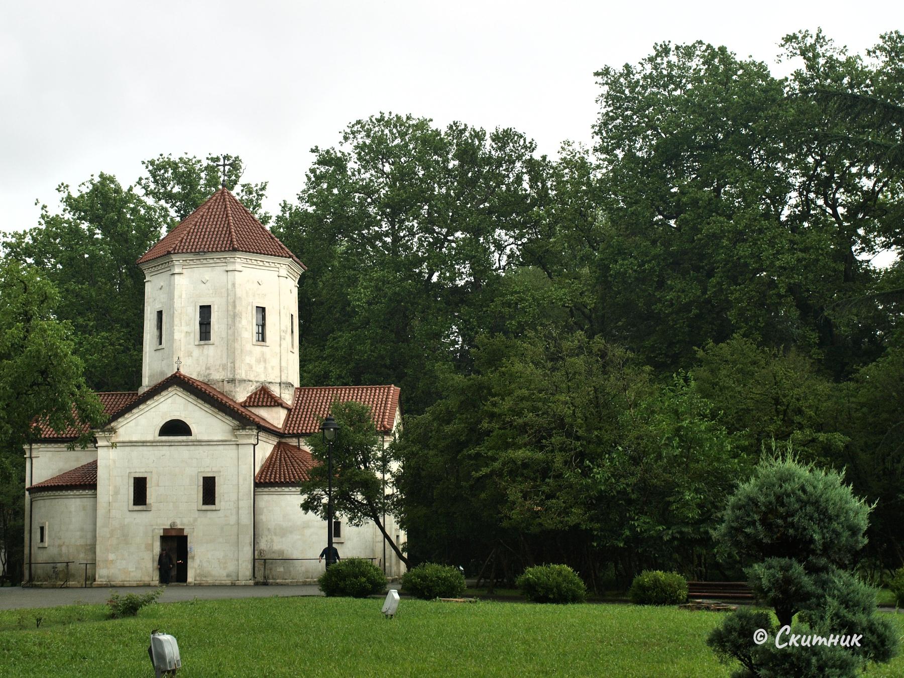Зугдиди - дворцовата църква