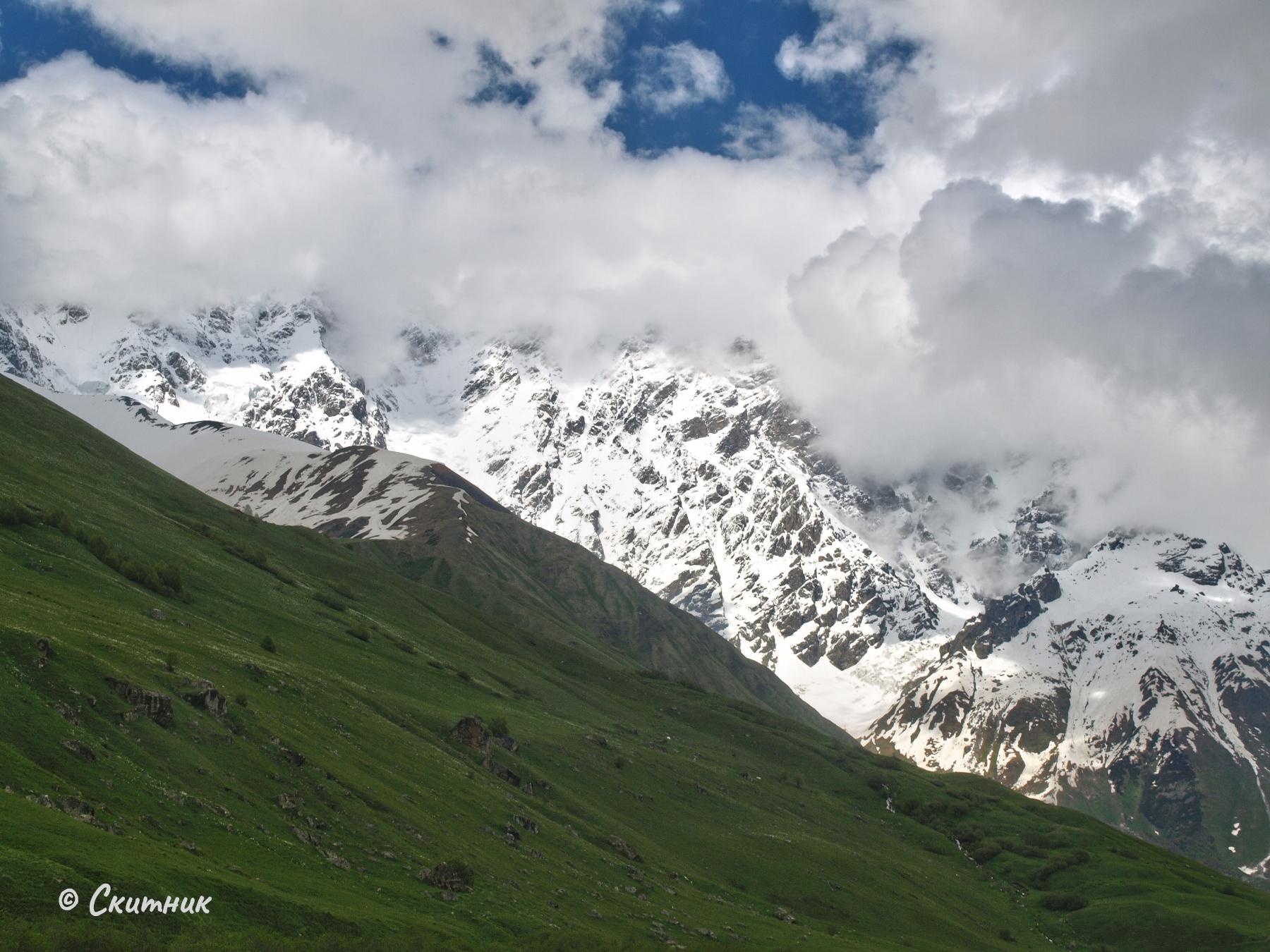 към ледника на Шкхара