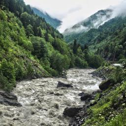 река Енгури